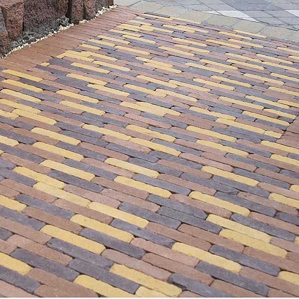 Тротуарная плитка Кирпич Барселона Антик 192х60 (горчичный) для пешеходной зоны (4 см)