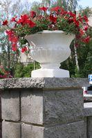 купить Бетонная ваза Стандарт 300х300 (черный)