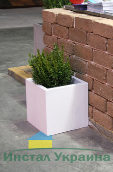 Бетонная ваза Куб большой 330х330х330 (терракотовый)