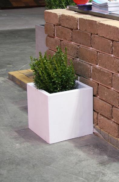 Бетонная ваза Куб большой 330х330х330 (черный)