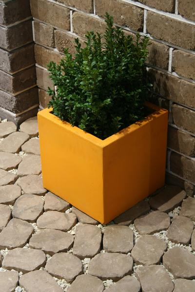 Бетонная ваза Куб большой 330х330х330 (роспись)