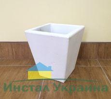 Бетонная ваза Пирамида малая 330х315х200 (роспись)