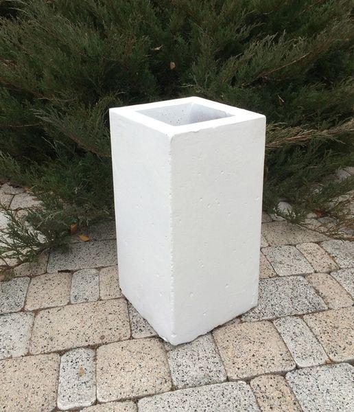 Бетонная ваза Прямоугольник малый 200х200х430 (серый)