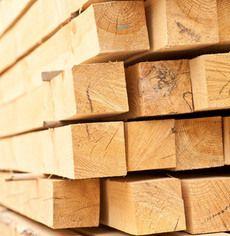 Брус обрезной сосновый. Размер 100х100 мм. Длинна 6 м