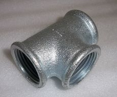 Тройник из оцинкованной стали; 0,5 мм ф130
